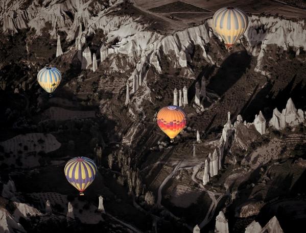 Kapadokya'nın Eşsiz Güzelliğine Yukarıdan Bakmaya Ne Dersiniz?