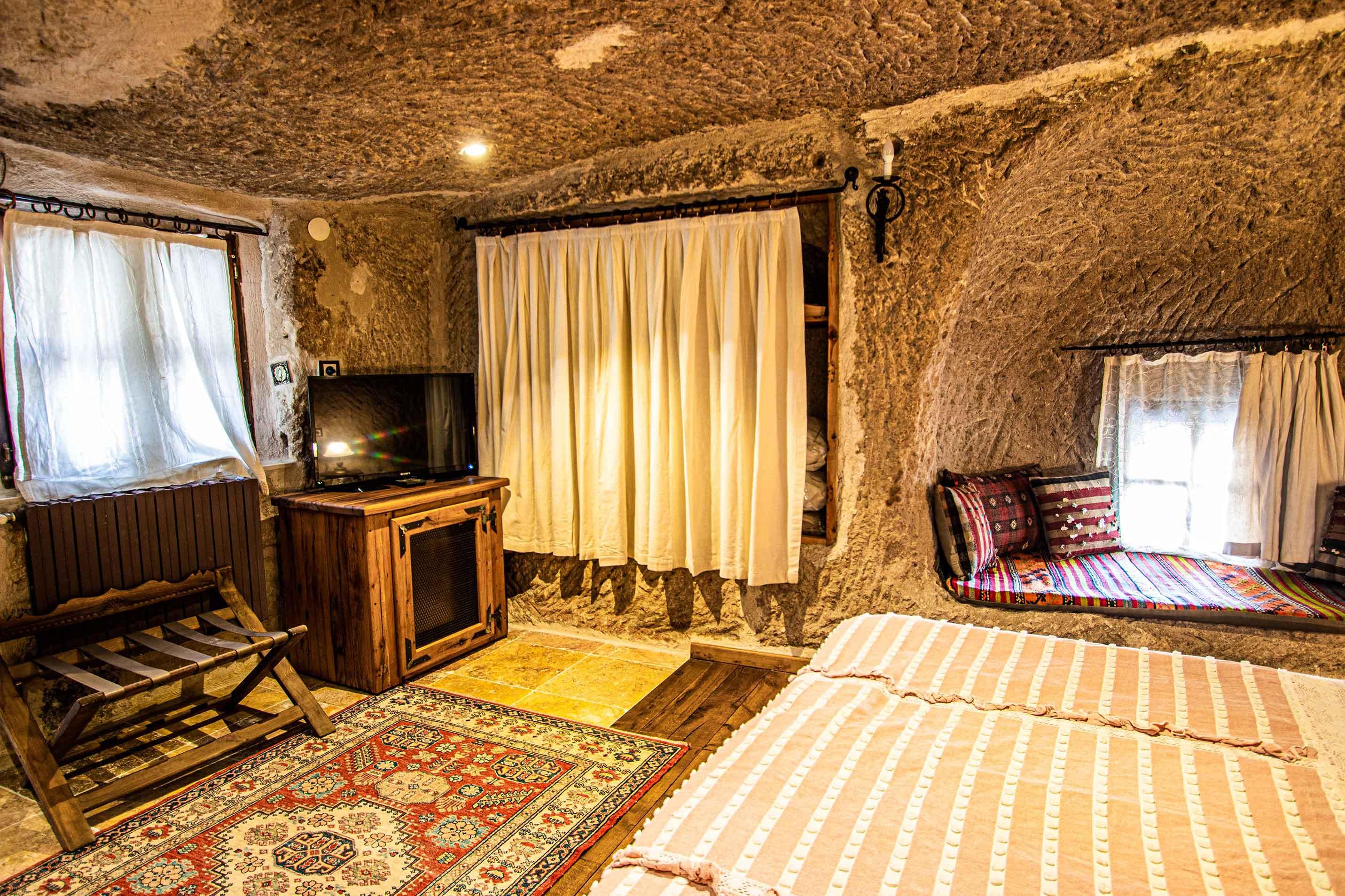 112洞穴家庭套房